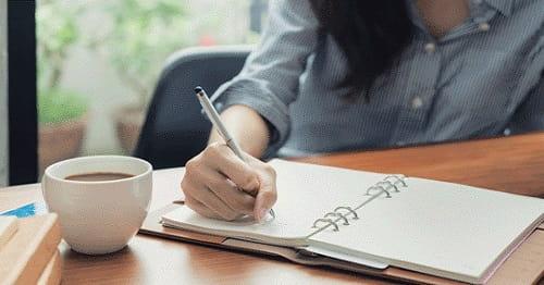 یادگیری زبان با مطالعه