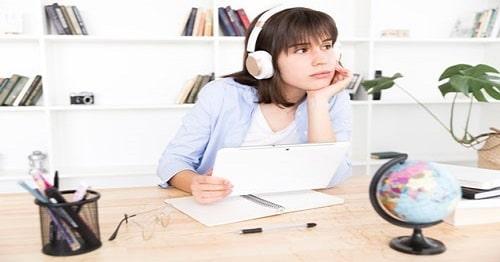 برای یادگیری انگلیسی گوش دهید